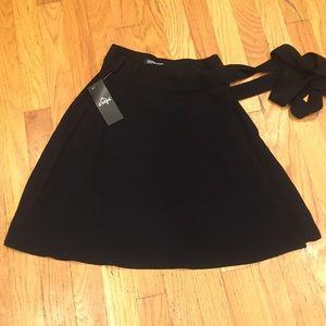 American Apparel Black Wrap Skirt XS/S New Tags!